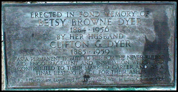 dyer memorial plaque