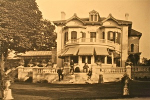 """Spadina House"" as it appeared while still occupied by the Austin family (1920s)"