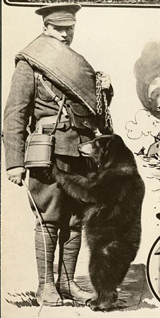 Winnie with owner Lieutenant Harry Colebourn, 1915