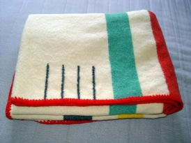 point blanket - folded